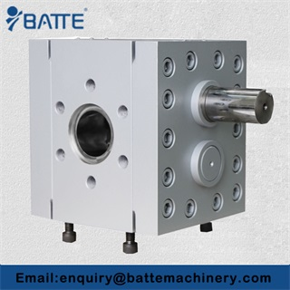 Rubber polymer extrusion gear pump