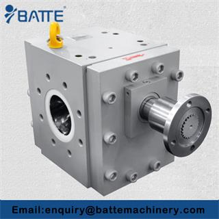 How is extrusion gear pump used